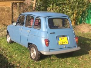 Renault4 zij-achter