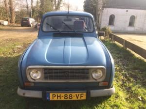 Renault 4 voorkant