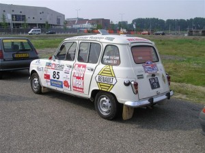 Renault 4 club UNICEF RALLY Juni 2007