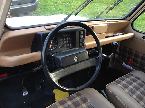 Renault4-dashboard